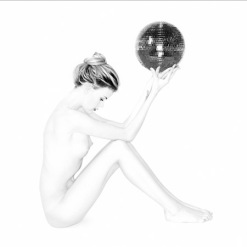 Nude_With_Glitter_Ball